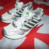 Фирменние оригинал кросовки Adidas.43-44