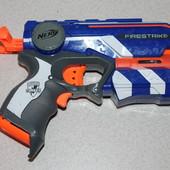 Nerf Firestrike бластер