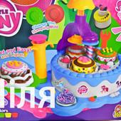 Набор для творчества Фабрика пирожных, тортиков DN840-РO