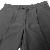 Костюмные брюки чёрные. 54 размер. Германия.