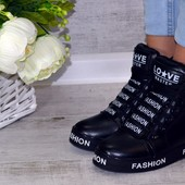 Женские сникерсы ботинки
