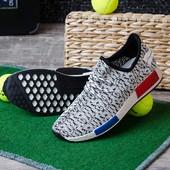 Мужские беговые кроссовки 12512-14 три цвета