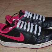 Nike кроссовки 38р Оригинал