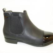 Ботинки женские черные лаковый носок Д504