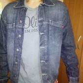 Классный джинсовый пиджак, новый М , качество супер