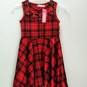 Красивое велюровое платьице из Германии на  4-5 лет.