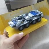 Инерциооный железный металлический танк, военная техника