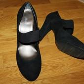 Новые туфли 41 размер 27,3 стелька от Rose Petals, США