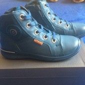Демисезонные ботинки  для девочки  ЕССО 26р.