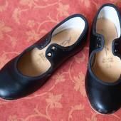 Туфли для танцев (степ, чечетка) размер 9,5 (27) Katz, б/у. Англия. Общее состояние хорошее, но носо