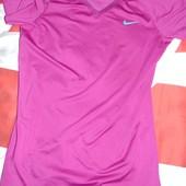 Спортивная фирменная оригинал футболка Nike .хл