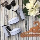 Нереальные туфли «мери-джейн» на толстом каблуке в пастельной гамме   SH1277