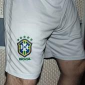 Спортивние фирменние футбольние шорты шорти труси зб .Бразилии .л-лх
