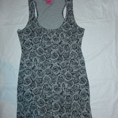 Классное трикотажное платье по фигуре,р-р М,10,евро 38,сток