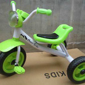 Трехколесный детский велосипед  салатовый
