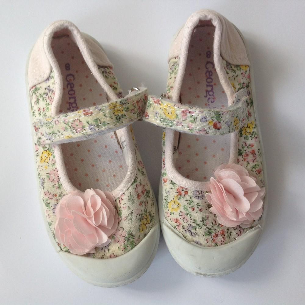 Симпатичные балетки с цветком фото №1
