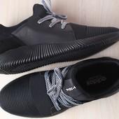 Мужские кроссовки, черные, из натуральной кожи,