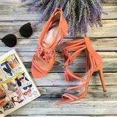 Оригинальные кожаные босоножки Aldo с декоративными ремешками и кисточками  SH1406