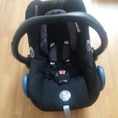 Авто-крісло Maxi-Cosi CabrioFix в ідеальному стані