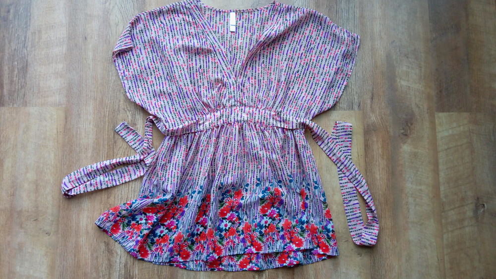 Блузка с коротким рукавом размер m фото №1