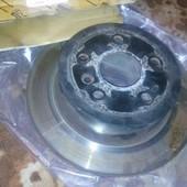 Диски тормозные задние Toyota 42431-33130, торг