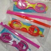 Плавательные очки для малышей