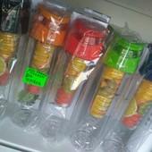 Бутылка с отсеком для фруктов Fruit Juice 700 мл в коробке