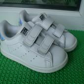 кроссовки Adidas р. 21 , внутри 13.5 см ( стелек нет) кожа