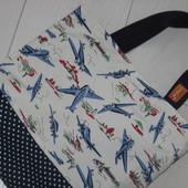Классная сумочка для девочки в отличном состоянии
