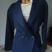 Красивенный пиджачок We Fashion Нидерланды, размер M