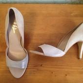 Открытые туфли 40 р-р. и стелька 26 см. Нат.кожа и стелька тоже.