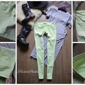 Неоновые джинсы-скинни Hollister р-р С-М