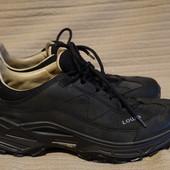Фирменные кожаные кроссовки  Lowa Strato III lo германия 43 1/2 р.