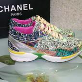 Кроссовки из твида Chanel