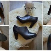 Идеальные кожаные закрытые туфли-ботильоны,р-р 40-41 Италия