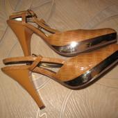 Шикарные туфли с открытой пяткой р.38