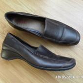 ECCO шкіряні туфлі 39р 25.5см