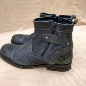 Продам фирменные новые, Деми ботинки 40 р. Hand Crafted, ручная работа.