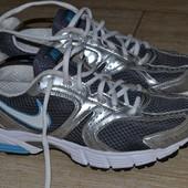 Nike 39р кроссовки  кожаные.