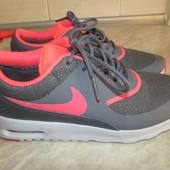 Кроссовки на девочку р-35,5 Nike Air Max Thea