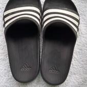 Сланци Adidas(оригинал)35-36.