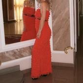 Вечернее безумно красивое платье в пол каралового цвета .