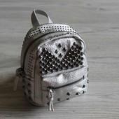 Детский стильный рюкзак с заклепками