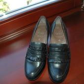 Caprice кожаные туфли/ лоферы р.40,5