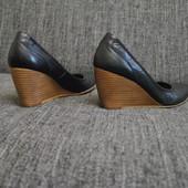 Туфли женские Италия 38р 25см натуральная кожа
