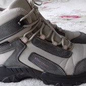 Ботинки всесезонные Quechua Франция. Натур. замша. Размер 37 стелька 23,5 см
