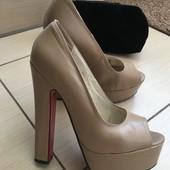 Туфлі Лабутени 35-36 р.23 см.стелька-дорога копія