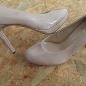 Фирменные туфли Hogl (Австрия) размер37-длина стельки-23,5 см