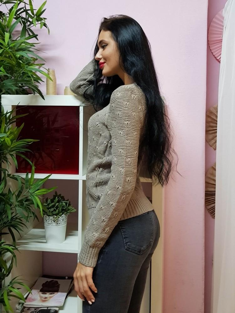 Комфортный свитер с объемным узором фото №2