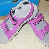 Босоножки, сандалии для девушки Columbia на ножку 25 см.